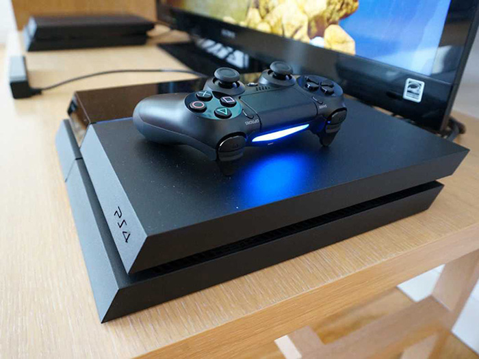 PS4 - First Impressions